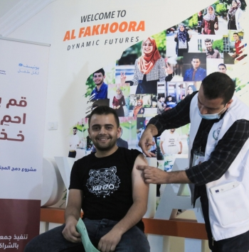 2,316,111 جرعة تطعيم تم إعطاؤها للمواطنين في فلسطين